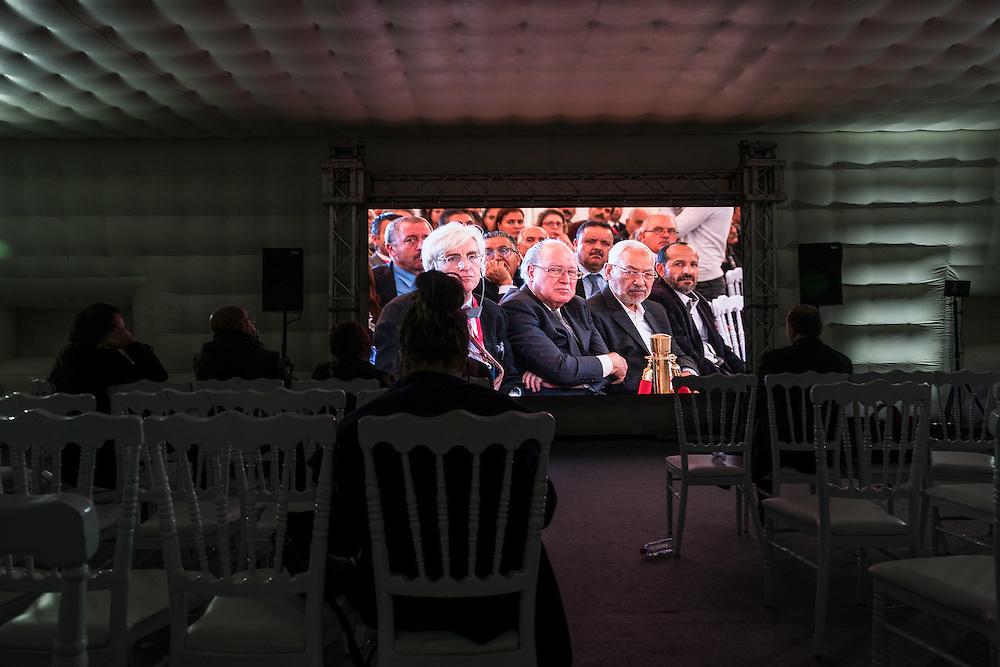 Auditions publiques de l'Instance Vérité Dignité, 18 novembre 2016. Mustafa Ben Jaafar et Rached Ghannouchi dans le public.