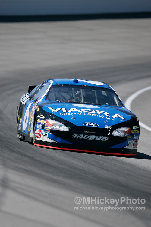 Mark Martin practices for the Brickyard 400