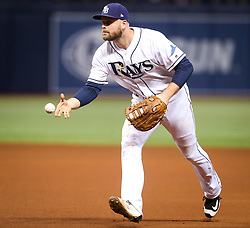 September 16, 2017 - St. Petersburg, Florida, U.S. - WILL VRAGOVIC       Times.Tampa Bay Rays first baseman Lucas Duda (21) fields the grounder by Boston Red Sox left fielder Chris Young (30) to end the top of the fourth inning of the game between the Boston Red Sox and the Tampa Bay Rays at Tropicana Field in St. Petersburg, Fla. on Saturday, Sept. 16, 2017. (Credit Image: © Will Vragovic/Tampa Bay Times via ZUMA Wire)