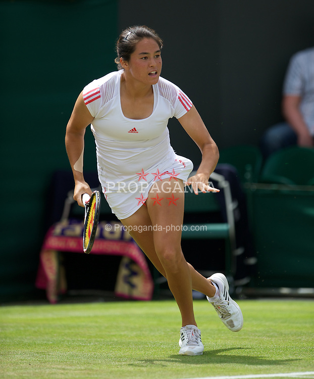 LONDON, ENGLAND - Wednesday, June 27, 2012: Jamie Lee Hampton (USA) during the Ladies' Singles 2nd Round match on day three of the Wimbledon Lawn Tennis Championships at the All England Lawn Tennis and Croquet Club. (Pic by David Rawcliffe/Propaganda)