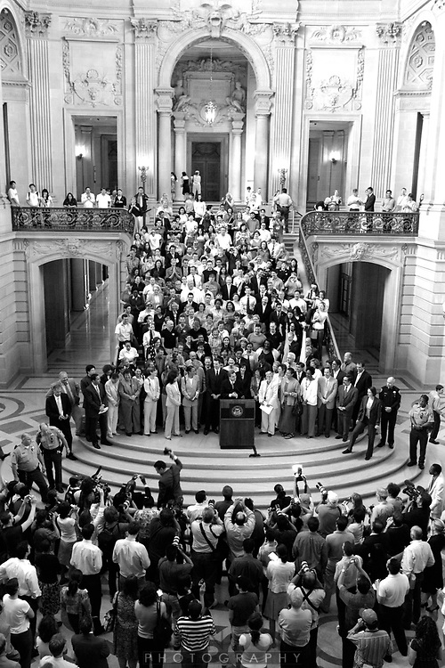 Overview of the press conference in the rotunda at San Francisco City Hall after the Supreme Court rules in favor of gay marriage...photo by Jason Doiy.5-15-07.