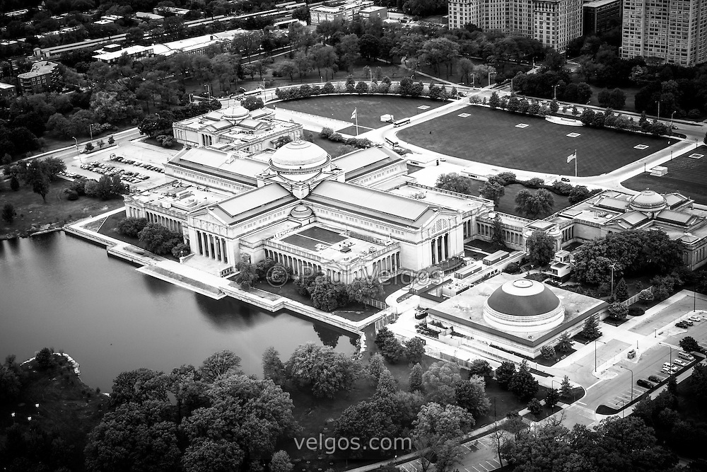 Chicago Museum of Science and Industry aerial picture in black and white