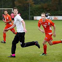 Nederland, Amsterdam , 13 oktober 2012..Broekman is handballer van Hurry Up. Als homo is hij recentelijk uit de kast gekomen. Hij neemt deel aan een voetbaltoernooi voor homo topsporters bij Sportpark Riekerhaven..Foto:Jean-Pierre Jans