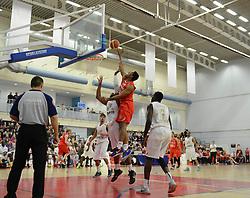 Bristol Flyers' Jordan Ranklin attempts a basket - Photo mandatory by-line: Dougie Allward/JMP - Mobile: 07966 386802 - 28/03/2015 - SPORT - Basketball - Bristol - SGS Wise Campus - Bristol Flyers v London Lions - British Basketball League