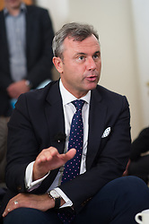 17.03.2016, Innenministerium, Wien, AUT, Übergabe der Unterstützungserklärungen für FPÖ BP-Kandidat Hofer, im Bild FPÖ-Präsidentschaftskandidat Norbert Hofer // Candidate for Presidential Elections Norbert Hofer during handover of political endorsement for candidate of the austrian freedom party according to austrian presidential elections at interior ministry in Vienna, Austria on 2016/03/17, EXPA Pictures © 2016, PhotoCredit: EXPA/ Michael Gruber