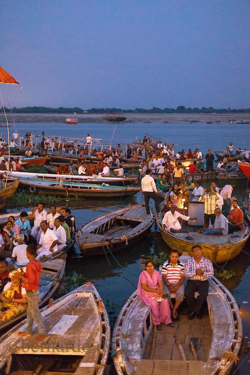 Traveling with Live learnt travel project to India & Nepal, Gange´s river in VaranassiJuly 4,  2014. Agra, India.. Photographer: Bernardo De Niz