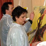 NLD/Amsterdam/20060210 - Bekende Nederlanders schilderen voor de veiling van de stichting Lezen en Schrijven, Lenette van Dongen