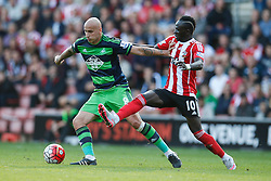 Southampton's Sadio Mane tackles Swansea City's Jonjo Shelvey - Mandatory by-line: Jason Brown/JMP - 07966 386802 - 26/09/2015 - FOOTBALL - Southampton, St Mary's Stadium - Southampton v Swansea City - Barclays Premier League
