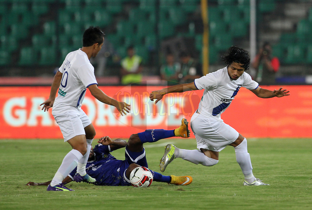 Sushil Kumar Singh of Mumbai City FC in action during match 15 of the Hero Indian Super League between Chennaiyin FC and Mumbai City FC held at the Jawaharlal Nehru Stadium, Chennai, India on the 28th October 2014.<br /> <br /> Photo by:  Vipin Pawar/ ISL/ SPORTZPICS