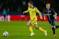 Eden Hazard of Chelsea is challenged by Marco Verratti of Paris Saint-Germain - Photo mandatory by-line: Rogan Thomson/JMP - 07966 386802 - 17/02/2015 - SPORT - FOOTBALL - Paris, France - Parc des Princes - Paris Saint-Germain v Chelsea - UEFA Champions League, Last 16, First Leg.