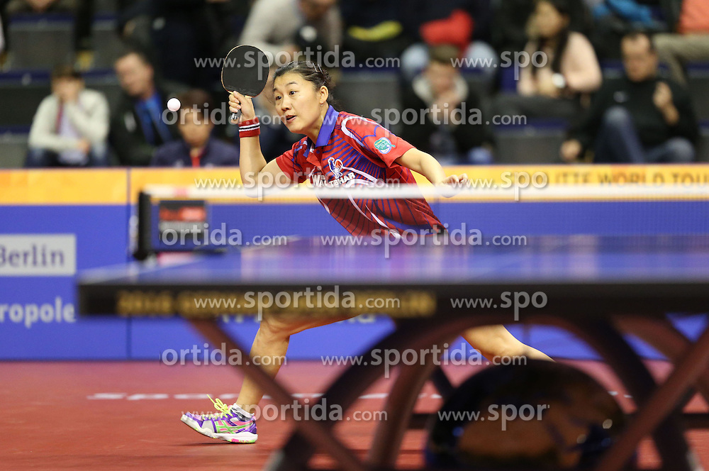 29.01.2016, Max Schmeling Halle, Berlin, GER, Tischtennis, German Open 2016, im Bild Xue Li (FRA) bei der Ballannahme // during the table Tennis 2016 German Open at the Max Schmeling Halle in Berlin, Germany on 2016/01/29. EXPA Pictures &copy; 2016, PhotoCredit: EXPA/ Eibner-Pressefoto/ Wuest<br /> <br /> *****ATTENTION - OUT of GER*****