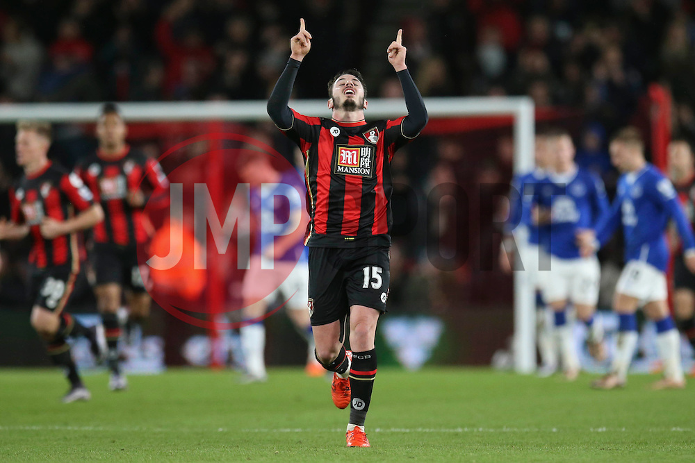 Goal, Adam Smith of Bournemouth scores, Bournemouth 1-2 Everton - Mandatory by-line: Jason Brown/JMP - Mobile 07966 386802 28/11/2015 - SPORT - FOOTBALL - Bournemouth, Vitality Stadium - AFC Bournemouth v Everton - Barclays Premier League