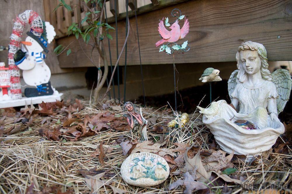 "Date: 1/08/09.Desk: STL.Slug: WOMYN.Assign ID: 30074969A..Lawn ornaments at the home of Emily Greene, 62, at Alapine, a ""womyn's land"" or lesbian intentional community, in rural northeast Alabama. ..(*the exact town/location of the community cannot be revealed in the caption or article, per agreement with the subjects)..Photo by Angela Jimenez for The New York Times .photographer contact 917-586-0916"