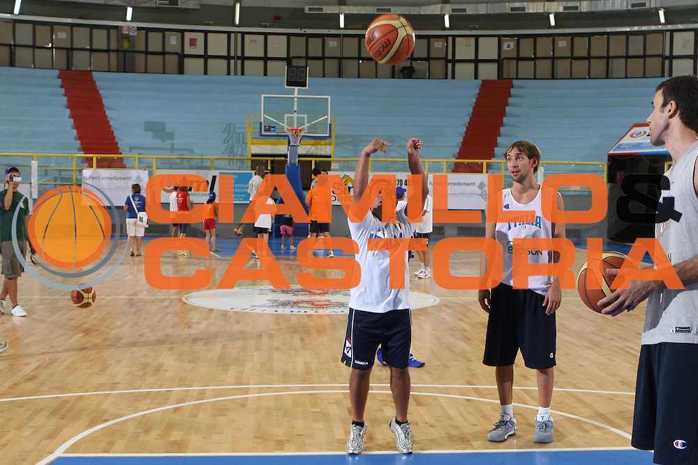 DESCRIZIONE : Cagliari Eurobasket Men 2009 Additional Qualifying Round Italia Francia<br /> GIOCATORE : Giuseppe Poeta Special Olympics<br /> SQUADRA : Italia Italy Nazionale Italiana Maschile<br /> EVENTO : Eurobasket Men 2009 Additional Qualifying Round <br /> GARA : Italia Francia Italy France<br /> DATA : 05/08/2009 <br /> CATEGORIA : <br /> SPORT : Pallacanestro <br /> AUTORE : Agenzia Ciamillo-Castoria/G.Ciamillo