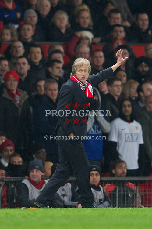 MANCHESTER, ENGLAND - Tuesday, November 22, 2011: SL Benfica's head coach Jorge Jesus during the UEFA Champions League Group C match against Manchester United at Old Trafford. (Pic by David Rawcliffe/Propaganda)