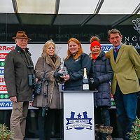 Presentation to owners of Arch Villain<br /> The 32Red Conditions Stakes Cl2<br /> Lingfield Park<br /> 17/2/16.<br /> &copy;Cranhamphoto.com