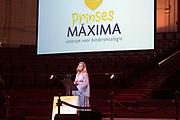 Koningin Máxima aanwezig bij benefietgaladiner Prinses Máxima Centrum in het Concertgebouw Amsterdam<br /> <br /> Queen Máxima attends at beneficial gala dinnerfor the  Princess Máxima Center in the Concertgebouw Amsterdam<br /> <br /> Op de foto / On the photo:  Koningin Maxima houd een toespraak