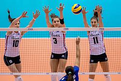 17-05-2016 JAP: OKT Thailand - Nederland, Tokio<br /> Nederland verslaat Thailand met klinkende cijfers 3-0 en is weer op koers voor Rio / Lonneke Sloetjes #10, Yvon Belien #3, Anne Buijs #11
