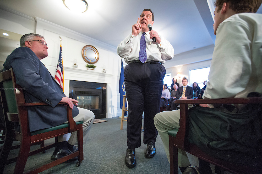 Bow, New Hampshire, USA, 20160202: Den republikanske presidentkandidaten Chris Christie besøker eldresenteret White Rock. Foto: Ørjan F. Ellingvåg