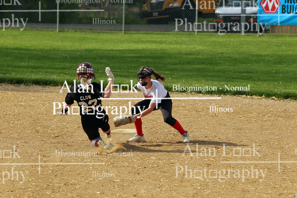 16  May  2019:   Le Roy Panthers v Heyworth Hornets  IHSA Class 1A Softball Regional Final at Centennial Park in Heyworth IL<br /> <br /> 22 & 29