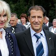NLD/Leusden/20120920- Uitvaart Joop van Tellingen, Saskia & Serge, Ruud Schaap