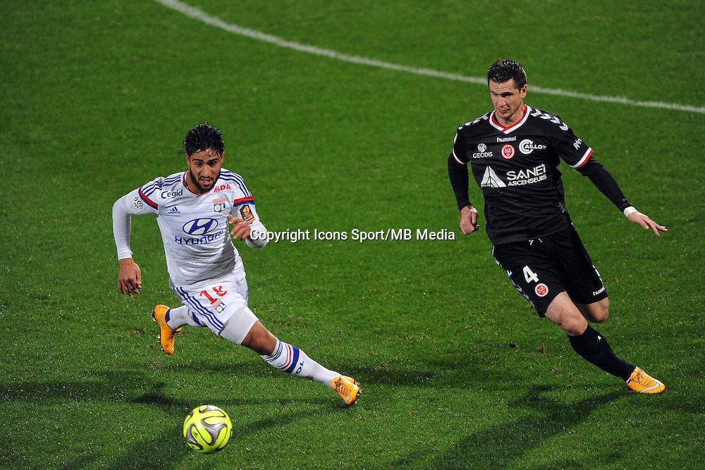 Nabil FEKIR / Valentin ROBERGE - 04.12.2014 - Lyon / Reims - 16eme journee de Ligue 1  <br />Photo : Jean Paul Thomas / Icon Sport