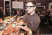 La Maison Maille  activités culinaire et de mixologie à l'ocasion du lancement de sa moutarde au Chablis fraichement servie à la pompe chez les5saisons Westmount et Outremont   à  Ateliers et Saveurs / Montréal / Canada / 2014-06-03, Photo © Marc Gibert / adecom.ca