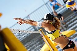 20140604 ITA: EK Beachvolleybal, Cagliari<br /> Laura Bloem<br /> ©2014-FotoHoogendoorn.nl / Pim Waslander