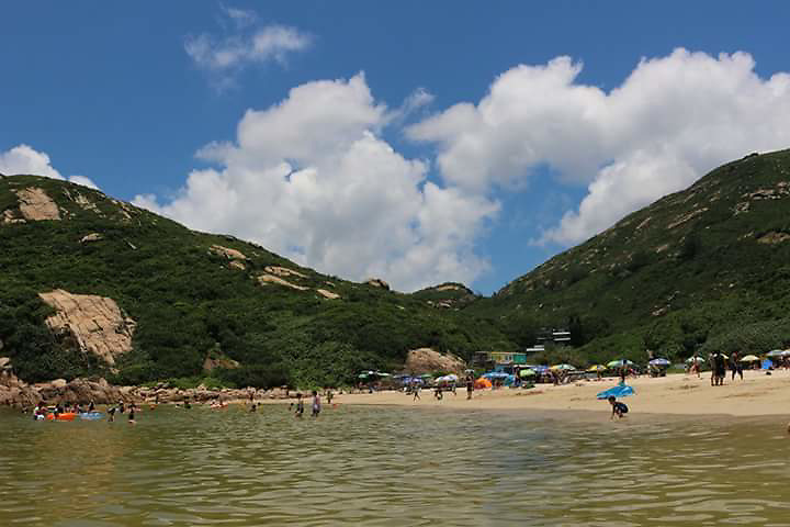 Shek O Beach by Nur Chamimah. <br /> <br /> Nur Charmimah is a domestic helper in Hong Kong. She loves exploring places in Hong Kong especially nature landscapes. She likes hiking and being in nature and she keeps all of these memory in photos.
