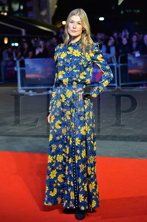 © Licensed to London News Pictures. 15/10/2017. London, UK. ROSAMUND LIKE attends the Three Billboards Outside Ebbing Missouri Film UK Premiere showing as part of the 51st BFI London Film Festival. Photo credit: Ray Tang/LNP