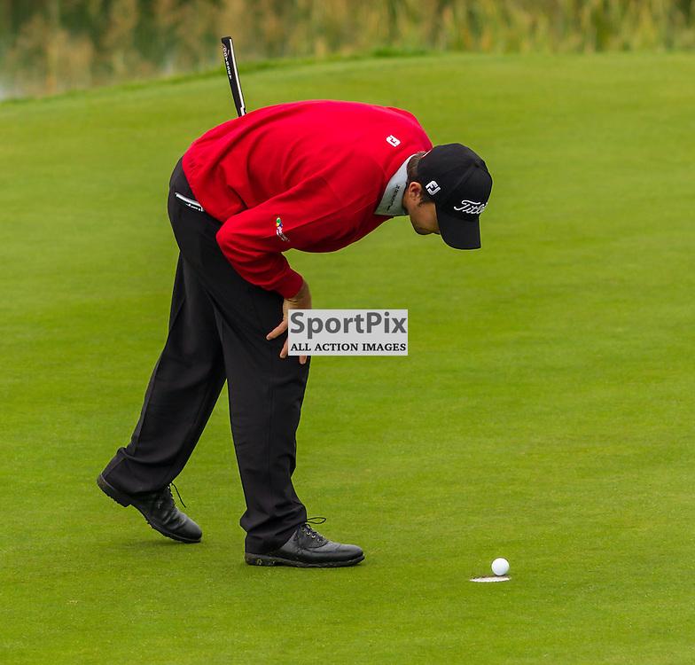 Gary Stal wills his eagle putt into the hole (c) ROSS EAGLESHAM | Sportpix.eu