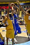 DESCRIZIONE : Torino Lega A 2015-16 Manital Torino - Betaland Capo d'Orlando<br /> GIOCATORE : Zoltan Perl<br /> CATEGORIA : Tiro Penetrazione<br /> SQUADRA : Betaland Capo d'Orlando<br /> EVENTO : Campionato Lega A 2015-2016<br /> GARA : Manital Torino - Betaland Capo d'Orlando<br /> DATA : 22/11/2015<br /> SPORT : Pallacanestro<br /> AUTORE : Agenzia Ciamillo-Castoria/M.Matta<br /> Galleria : Lega Basket A 2015-16<br /> Fotonotizia: Torino Lega A 2015-16 Manital Torino - Betaland Capo d'Orlando