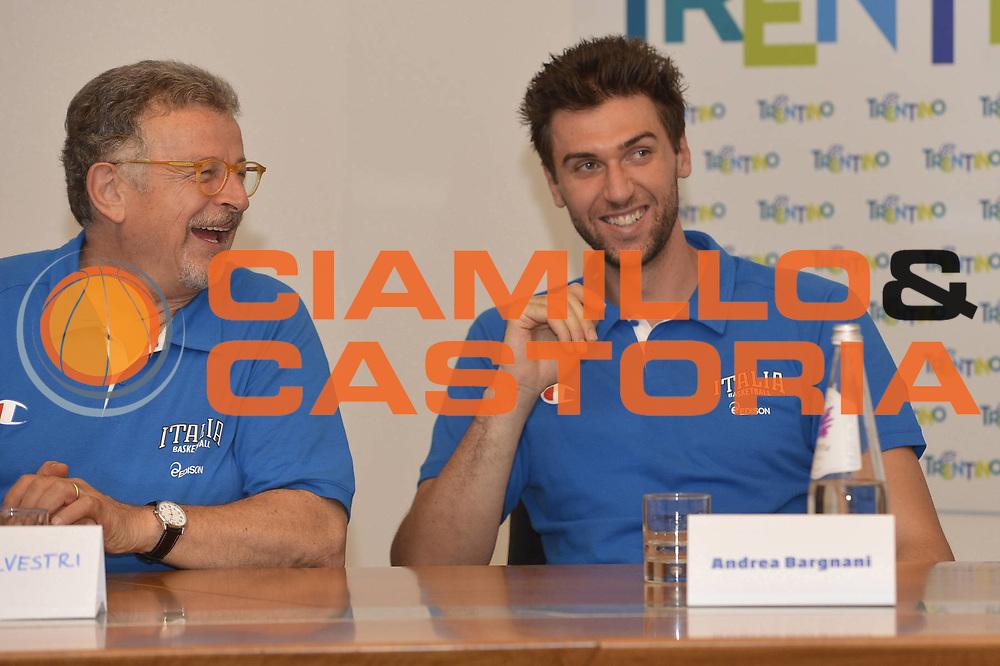 DESCRIZIONE : Folgaria Allenamento Raduno Collegiale  Nazionale Italia Maschile <br /> GIOCATORE : Claudio Silvestri - Andrea Bargnani<br /> CATEGORIA : allenamento <br /> SQUADRA : Nazionale Italia <br /> EVENTO : Conferenza stampa presentazione Trentino Basket Cup<br /> GARA :<br /> DATA : 02/08/2013 <br />  SPORT : Pallacanestro<br />  AUTORE : Agenzia Ciamillo-Castoria/GiulioCiamillo<br />  Galleria : FIP Nazionali 2013<br />  Fotonotizia : Folgaria Allenamento Raduno Collegiale  Nazionale Italia Maschile <br />  Predefinita :