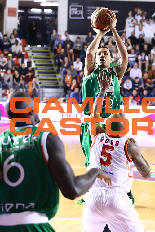 DESCRIZIONE : Roma Lega A 2013-2014 Acea Roma Montepaschi Siena<br /> GIOCATORE : Green Erik<br /> CATEGORIA : tiro<br /> SQUADRA : Montepaschi Siena<br /> EVENTO : Campionato Lega A 2013-2014<br /> GARA : Acea Roma Montepaschi Siena<br /> DATA : 30/03/2014<br /> SPORT : Pallacanestro <br /> AUTORE : Agenzia Ciamillo-Castoria/M.Simoni<br /> Galleria : Lega Basket A 2013-2014  <br /> Fotonotizia : Roma Lega A 2013-2014 Acea Roma Montepaschi Siena<br /> Predefinita :