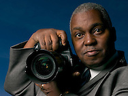 3/21/04  Omaha, NE Omaha World-Herald photojournalist Rudy Smith. (photo by Chris Machian/for Prarie Pixel Group)