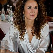 NLD/Amsterdam/20100328 - Veiling voor Engelen van Oranje,  Kim Sanders, partner van Piet Veldhuizen