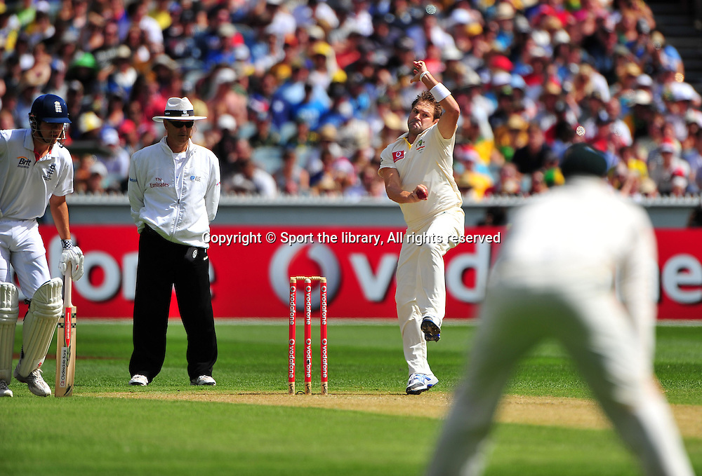 Ryan Harris (AUS)<br /> Australia vs England<br /> Cricket - Ashes Test 3 / Melbourne<br /> Melbourne Cricket Ground / MCG<br /> Sunday 26 December 2010<br /> &copy; Sport the library/Jeff Crow