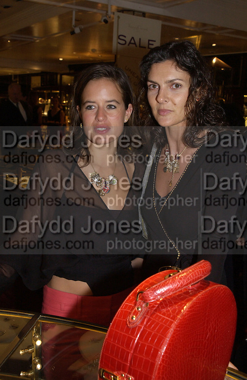 Jade Jagger.  Charity sale of the last ever sale at Asprey and Garrard. New Bond St. London. 15/1/02© Copyright Photograph by Dafydd Jones 66 Stockwell Park Rd. London SW9 0DA Tel 020 7733 0108 www.dafjones.com