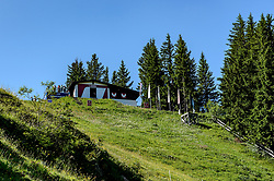 THEMENBILD - Der Blick auf das Starthaus des Hahnenkammrennens mit dem Startschuss, aufgenommen am 26. Juni 2017, Kitzbühel, Österreich // The view of the start house of the Hahnenkammrennen with the start shot at the Streif, Kitzbühel, Austria on 2017/06/26. EXPA Pictures © 2017, PhotoCredit: EXPA/ Stefan Adelsberger