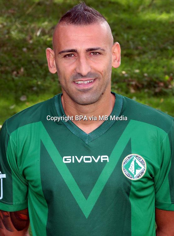 Italian League Serie B_2015-2016 / <br /> ( U. S. Avellino 1912 ) -  <br /> Luigi Castaldo