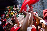 Los tambores de San Juan Bautista de Naiguatá retumbaron en la víspera de Corpus Christi. La coincidencia de celebrar Diablos y San Juan no se daba desde hace 87 años. Vargas, 23 junio 2011 (ivan gonzalez)