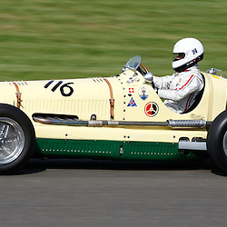 GOODWOOD REVIVAL.....Urs Muller in a 1938 Maserati 6CM in the official practice for the Goodwood Trophy ..(c) STEPHEN LAWSON | SportPix.org.uk