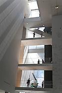 New York , Manhattan -Moma museum of modern art in midtown, l'ecalier principal, the main stairway  New york - United states  /   Moma musee d art moderne a midtown ; l'ecalier principal  New york - Etats unis