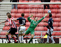 Photo: Jed Wee.<br />Sunderland v West Bromwich Albion. The Barclays Premiership. 17/09/2005.<br /><br />West Brom's Zoltan Gera rises highest to score an injury time equaliser to deny Sunderland.