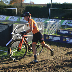 10-11-2019: Wielrennen: Europees Kampioenschap Veldrijden: Silvelle<br />Annemarie Worst