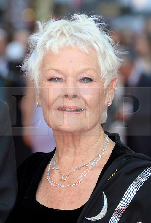 © Licensed to London News Pictures. 13/04/2014, UK. Judi Dench, The Laurence Olivier Awards, Royal Opera House, London UK, 13 April 2014. Photo credit : Richard Goldschmidt/Piqtured/LNP