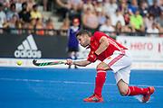 Mark Gleghorne. England v Argentina - Hockey World League Semi Final, Lee Valley Hockey and Tennis Centre, London, United Kingdom on 18 June 2017. Photo: Simon Parker