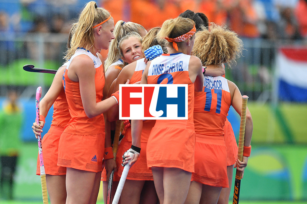 Netherlands' Maartje Paumen celebrates scoring the opening goal with her team-mates during the womens's field hockey New Zealand vs Netherlands match of the Rio 2016 Olympics Games at the Olympic Hockey Centre in Rio de Janeiro on August, 12 2016. / AFP / Carl DE SOUZA        (Photo credit should read CARL DE SOUZA/AFP/Getty Images)