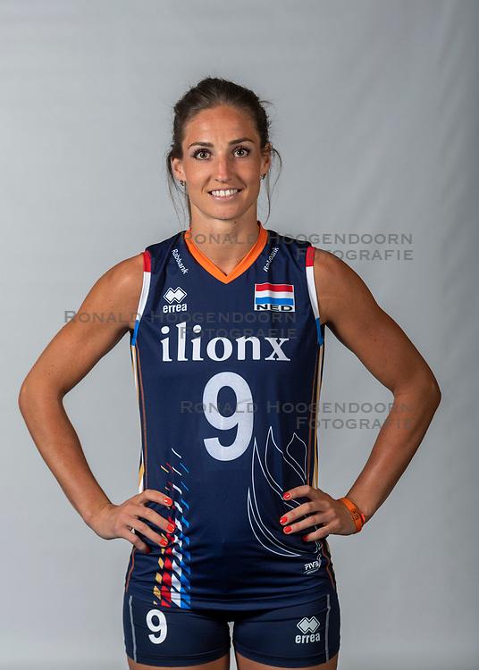 10-05-2018 NED: Team shoot Dutch volleyball team women, Arnhem<br /> Myrthe Schoot #9 of Netherlands