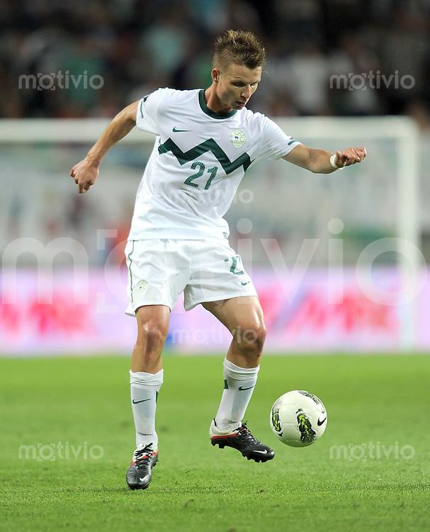 FUSSBALL INTERNATIONAL  Qualifikation Euro 2012  02.09.2011 Slowenien - Estland Dare VRSIC (Slowenien)